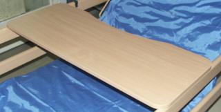 Asztalka B 320.jpg